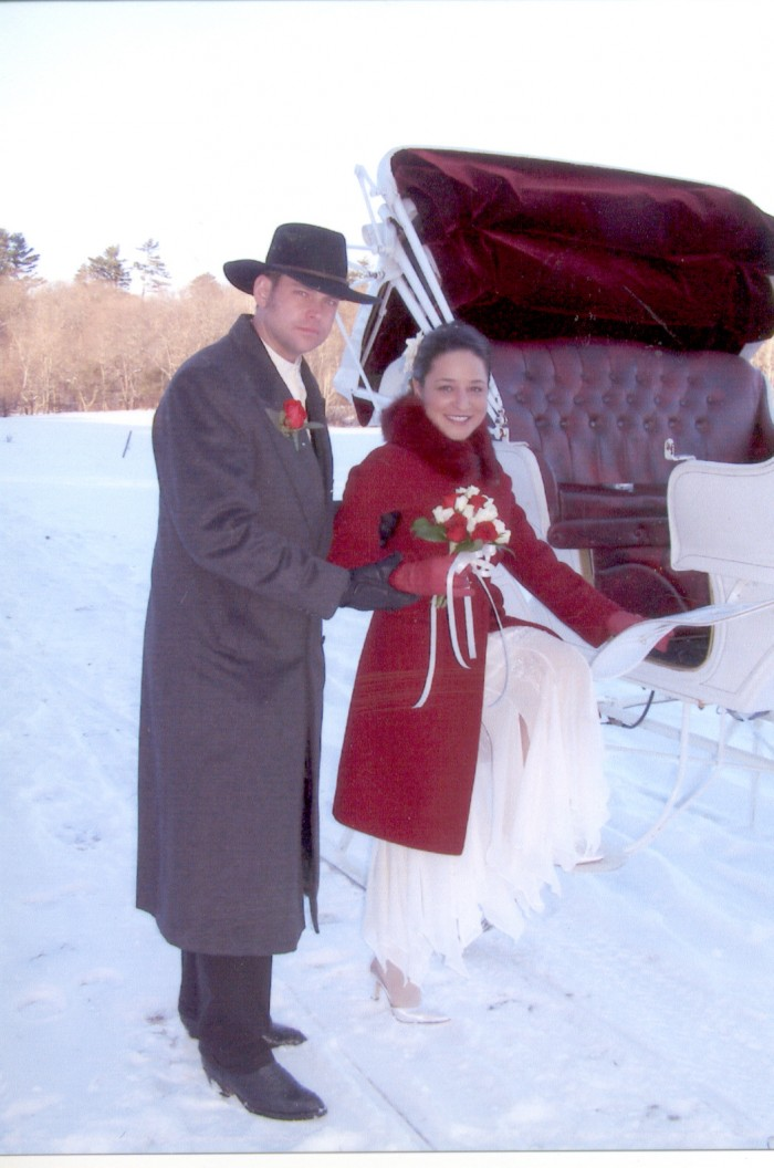 Try something unique! Romantic Sleigh Ride Weddings,  Elopements,Getaways,   & Honeymoons