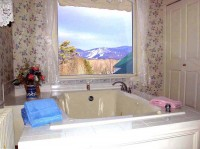 Mrs. Carroll's Room Mtn. Views from the Jacuzzi