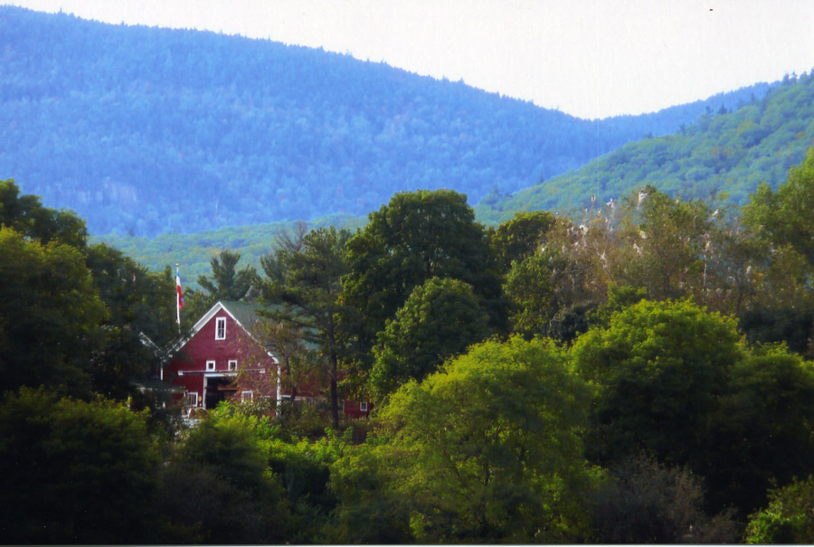 """Enjoy the of history of both """" English"""" and """"Yankee Barns"""" at the Farm by the River dated around 1771-1773"""