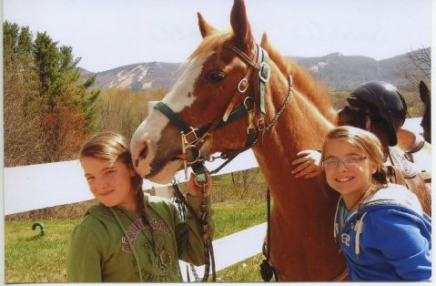 This Spring Break head up to the White Mountains for horseback riding!